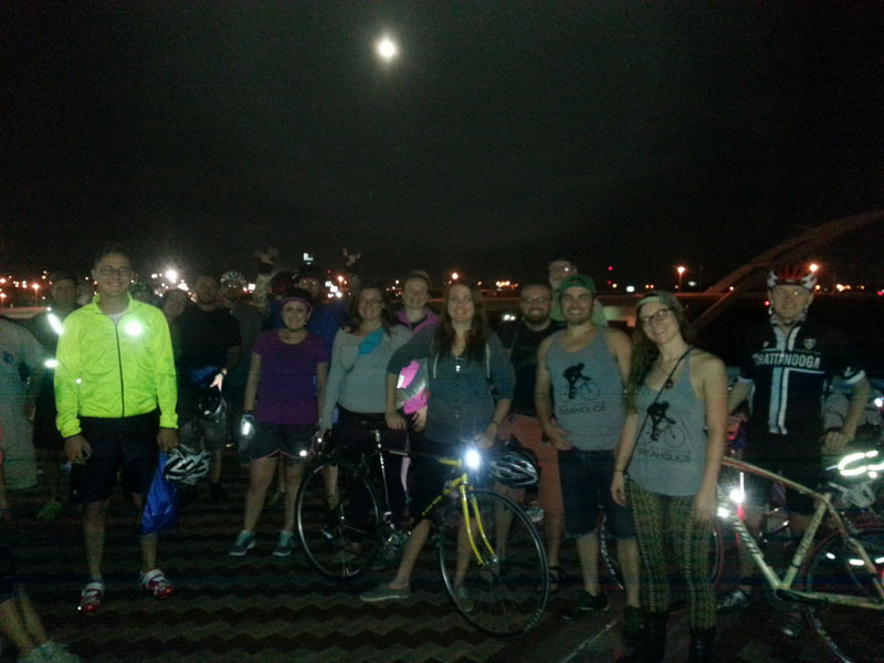 FBC 16 Riders on the Shelby Street Bridge